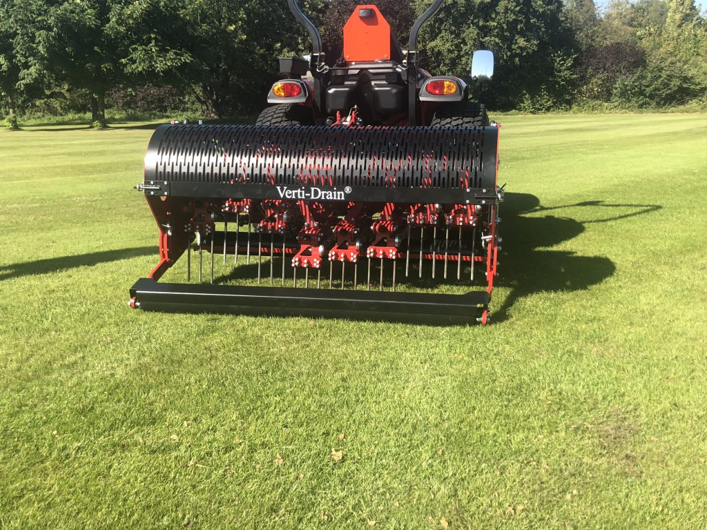 Aeration for tatch control